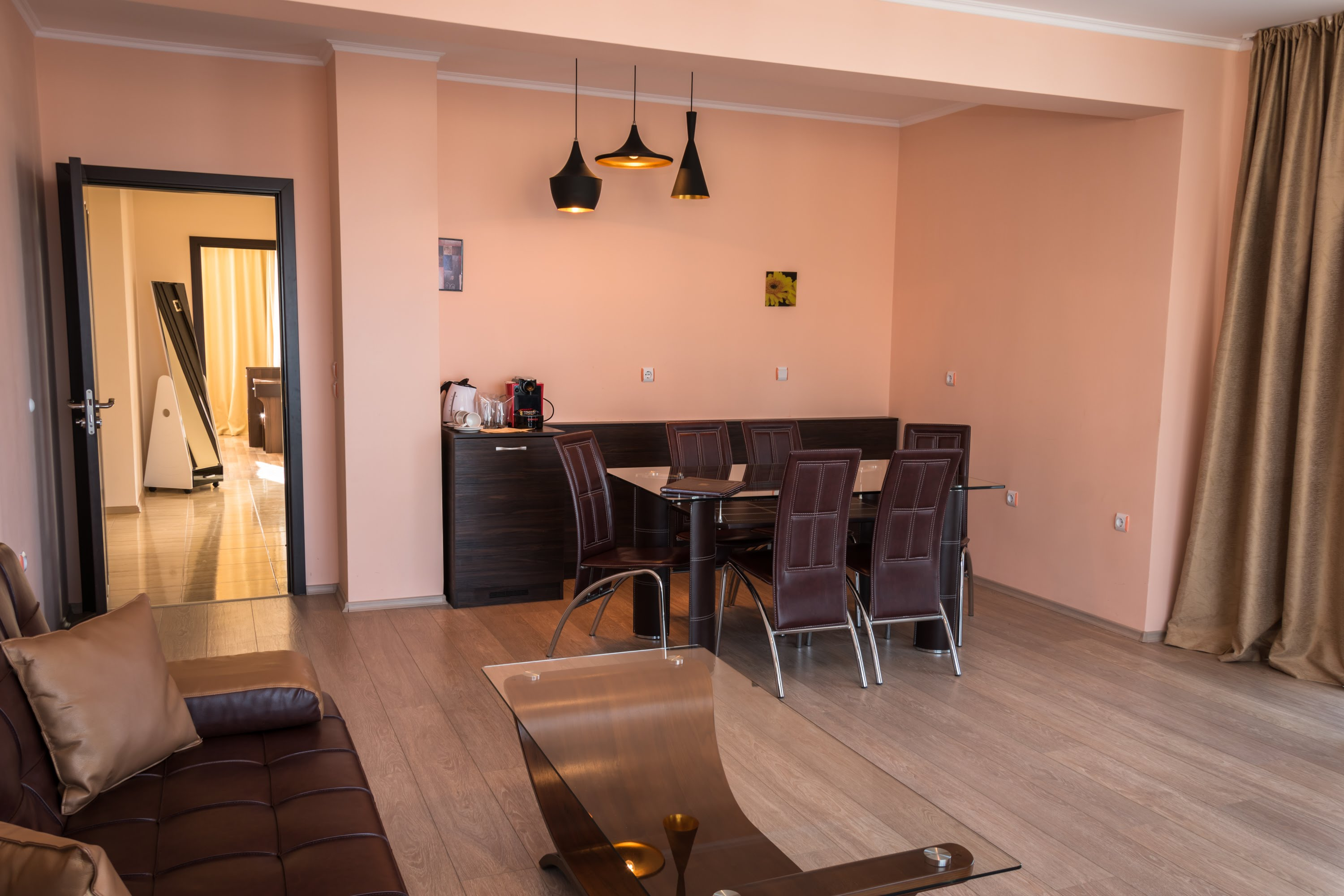 THREE BEDROOM APARTMENT WITHOUT KITCHEN