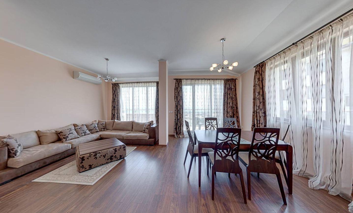 Апартамент с една спалня с кухня